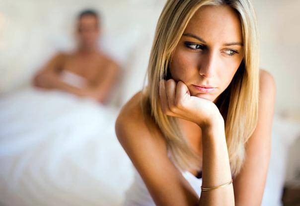 5 πράγματα που ΔΕΝ πρέπει να κάνεις αν υποψιάζεσαι ότι σε απατά!