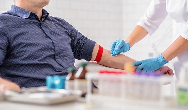 Κορονοϊός: Η θεραπεία με πλάσμα ιαθέντων μειώνει τη σοβαρότητα της νόσου
