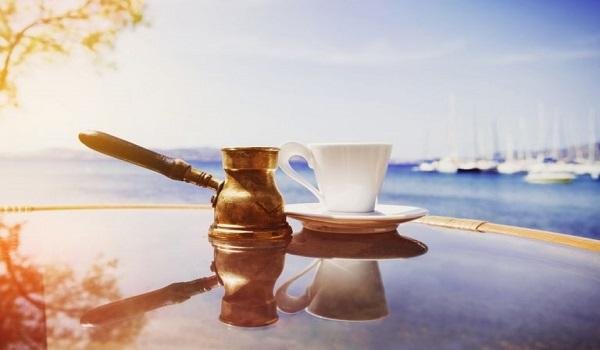 Ελληνικός καφές: Πέντε λόγοι να τον προτιμήσετε