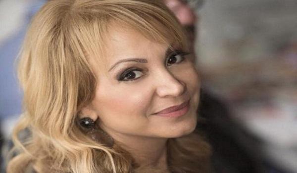 Τέτα Καμπουρέλη: Στο νοσοκομείο αγαπημένο της πρόσωπο