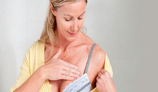Καρκίνος μαστού: Ποιες γυναίκες κινδυνεύουν περισσότερο;