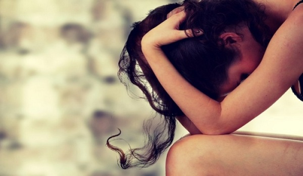 Κατάθλιψη: Τα σημάδια που δεν πρέπει να αγνοήσεις