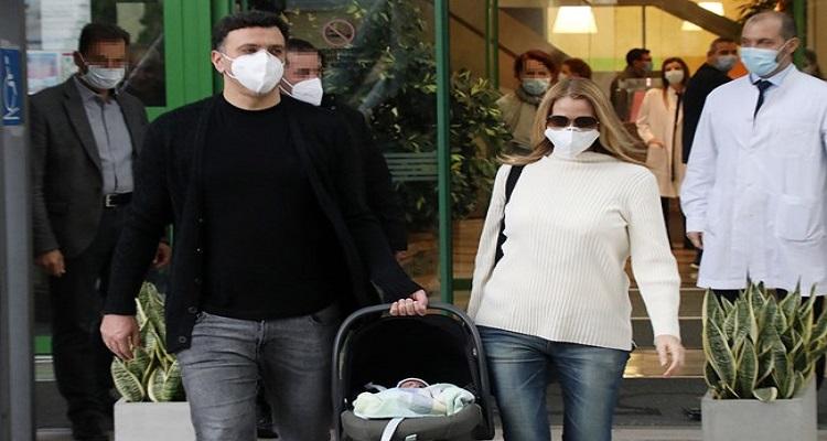 Τζένη Μπαλατσινού: Αυτός είναι ο λόγος που ο γιος της άργησε να πάρει εξιτήριο
