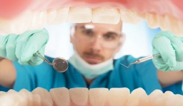 Φάρμακο για το Αλτσχάιμερ η λύση για τα χαλασμένα δόντια!