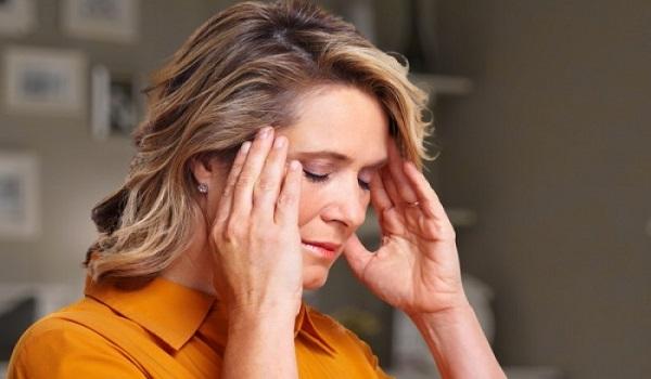 Πονοκέφαλος: Αυτές οι τροφές τον επιδεινώνουν