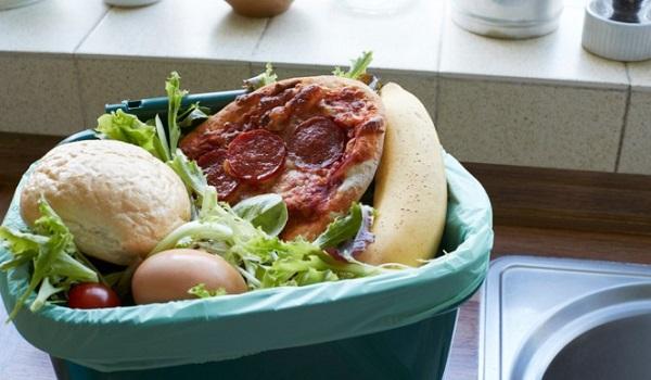 Ποιες τροφές δεν τρώμε ΠΟΤΕ μετά την ημερομηνία λήξης