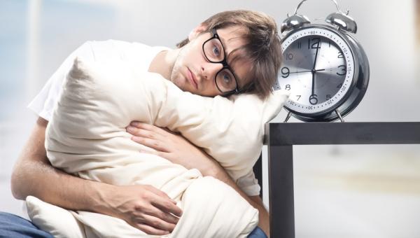 Αν σας συμβαίνει αυτό στον ύπνο σας μπορεί να πάσχετε από κατάθλιψη