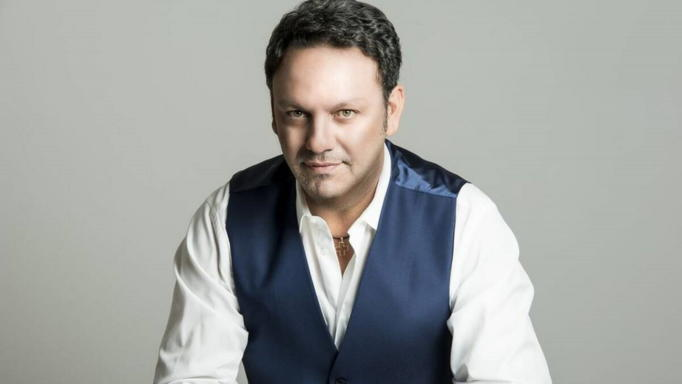 Στάθης Αγγελόπουλος: Φοβήθηκα ότι θα πεθάνω από τον κορονοϊό, αλλά το εμβόλιο δεν με έχει πείσει