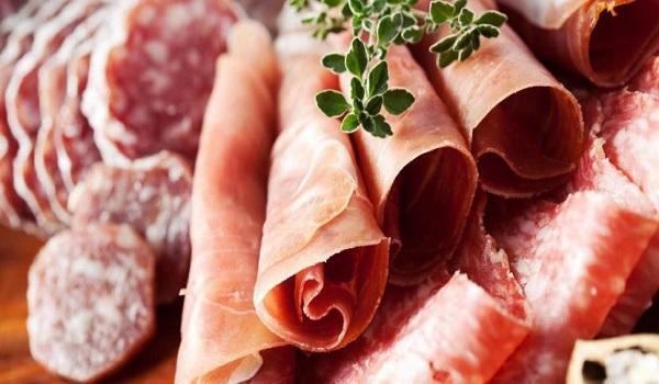 Αυτά είναι τα πιο καρκινογόνα τρόφιμα