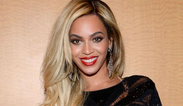 Στο νοσοκομείο λόγο επιπλοκών τα δίδυμα της Beyonce