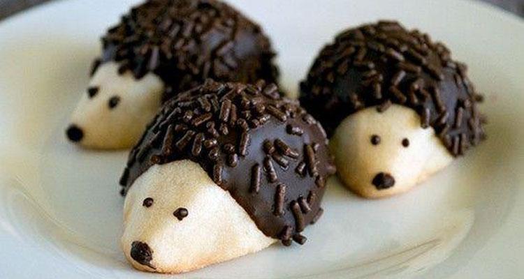 Μπισκότα σκαντζοχοιράκια με καρύδια και σοκολάτα