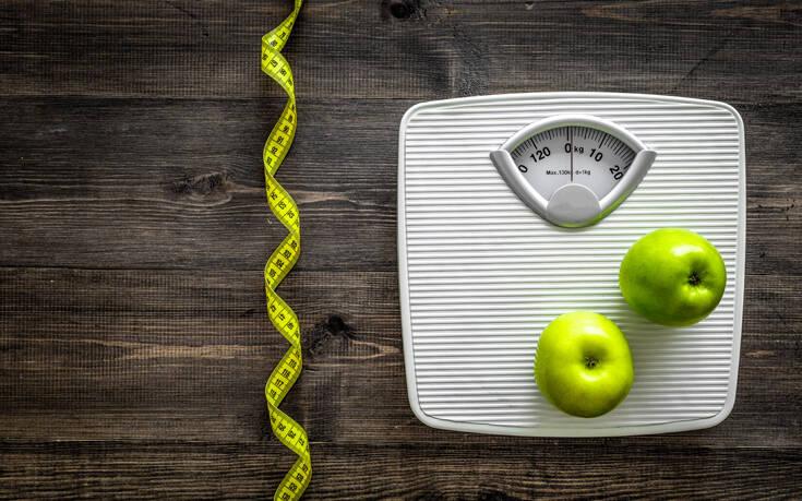 Πώς να χάσετε βάρος κατά την καραντίνα χωρίς να κάνετε δίαιτα