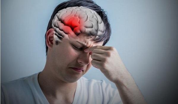 Εγκεφαλικό: Πότε απειλεί τους νέους