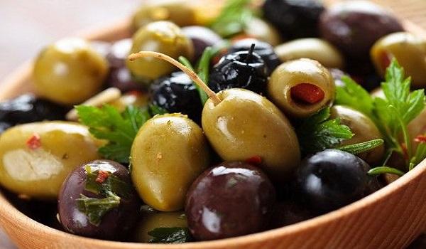 Η διατροφική αξία της ελιάς. Τι πρέπει να προσέχουμε όταν τις τρώμε