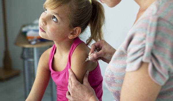 Οι εξετάσεις και τα εμβόλια που πρέπει να κάνει το παιδί πριν πάει σχολείο