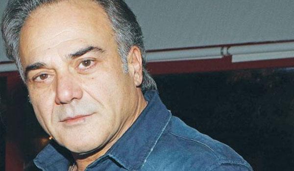 Παύλος Ευαγγελόπουλος: Με κοιλιακούς που κόβουν την ανάσα!