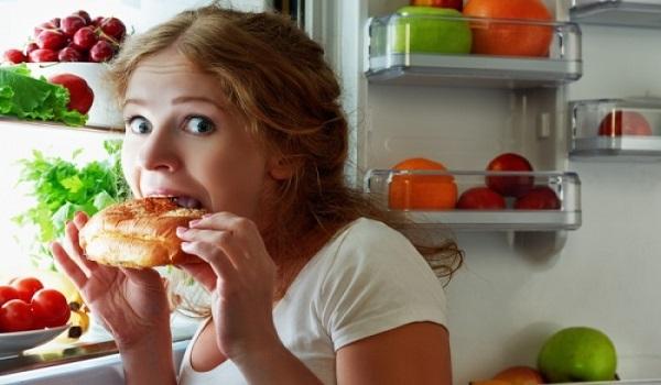 Προσοχή: Τι δεν πρέπει να τρώμε το βράδυ