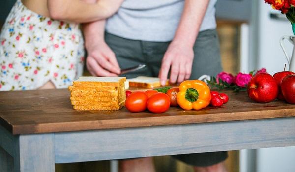 Αντιγηραντικές τροφές που πρέπει να τρώνε οι γυναίκες άνω των 40