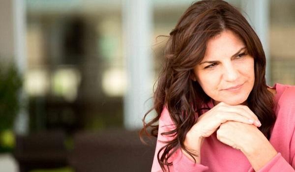 Πρόωρη εμμηνόπαυση: Ποια είναι τα συμπτώματα