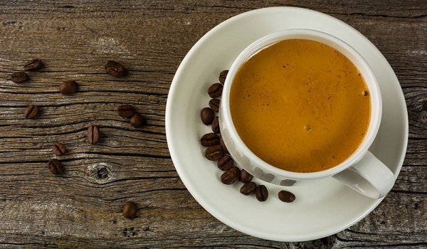 Αν νιώθετε αυτά όταν πίνετε καφέ, έχετε αλλεργία στην καφεΐνη