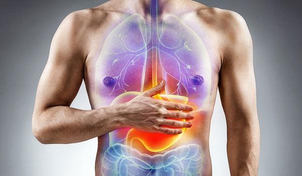 Έλκος στομάχου: Η κατάλληλη διατροφή – Τι να τρώτε και τι να αποφεύγετε