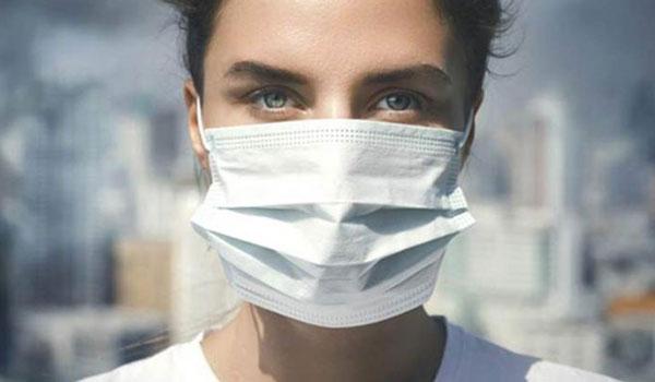 Υποχρεωτική η μάσκα από αύριο σε ΔΕΚΟ, τράπεζες, φούρνους, κρεοπωλεία