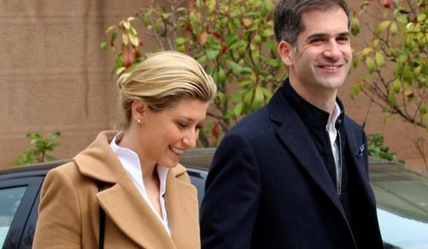 Τι αλλάζει στο γάμο Κοσιώνη - Μπακογιάννη μετά το θάνατο του Μητσοτάκη;