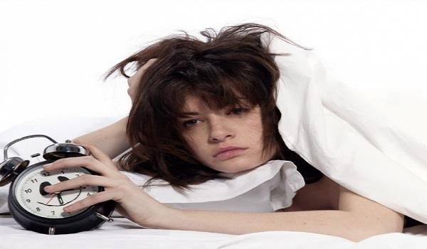 Γιατί τον χειμώνα κοιμόμαστε περισσότερο; – Tips για ποιοτικό ύπνο