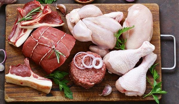 Επικίνδυνη για την υγεία η διατροφή με πολύ κρέας