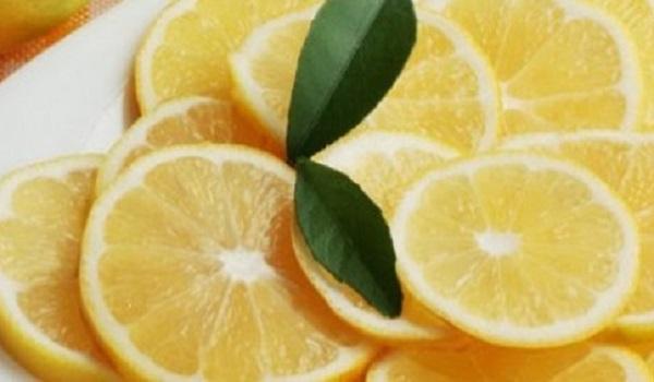 Οκτώ χρήσεις του λεμονιού που δε γνωρίζατε