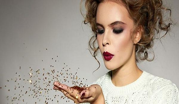Συμβουλές ομορφιάς για το γιορτινό μακιγιάζ σας
