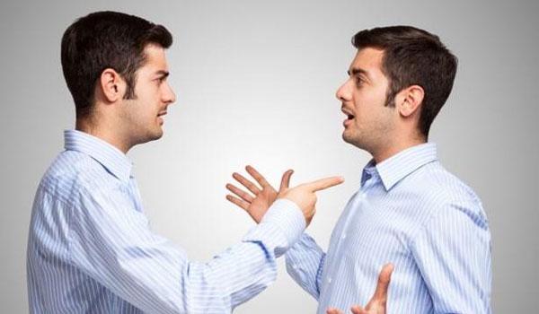 Μιλάτε στον εαυτό σας; Δείτε τι λένε οι ψυχολόγοι!