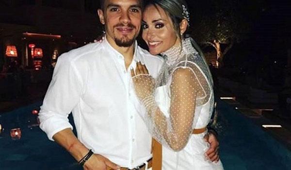 Ο Λευτέρης Πετρούνιας και η Βασιλική Μιλλούση παντρεύτηκαν!