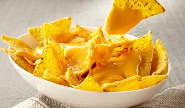 Έμεινε παράλυτη  από λιωμένο τυρί για νάτσος!  Τι είναι η αλλαντίαση