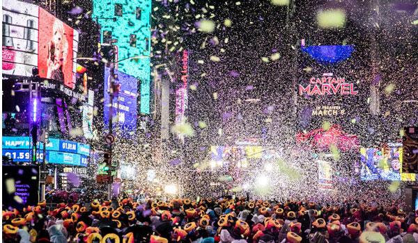 Καλώς ήλθες 2019! Έτσι υποδέχθηκαν τον νέο χρόνο στον κόσμο