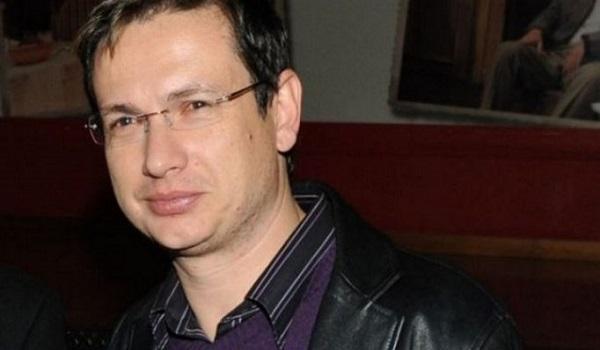 Σταύρος Νικολαϊδης: Σκηνοθέτης μας έβριζε αισχρά μας απειλούσε - Βγαίναμε στη σκηνή τρέμοντας