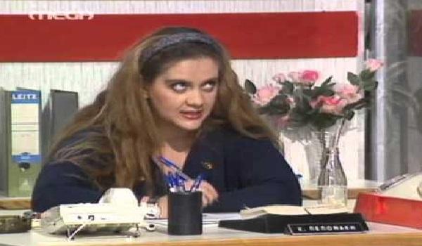 Αγνώριστη η Έλντα Πανοπούλου - Δημόσια εμφάνιση μετά από καιρό