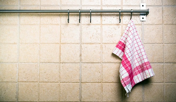 Πώς οι πετσέτες κουζίνας μπορούν να γίνουν επικίνδυνες για την υγεία