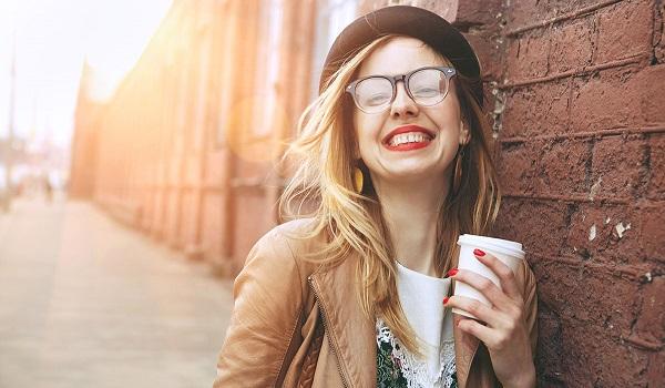 Το πρωινό ρόφημα που επιταχύνει τον μεταβολισμό, μειώνει το λίπος και αδυνατίζει