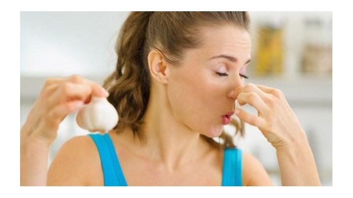 Οι 5 ασθένειες που ανιχνεύονται από τις οσμές του σώματος