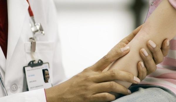 Σταφυλόκοκκος: Πώς εκδηλώνεται.  Ποια σημάδια στο σώμα θέλουν προσοχή