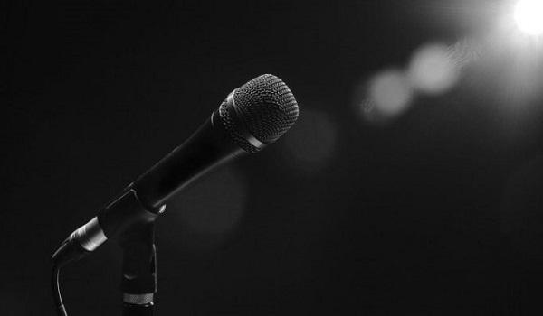Σοκάρει γνωστός τραγουδιστής: Ο πατέρας μου μας παράτησε. Πρόσφατα έμαθα ότι πέθανε…