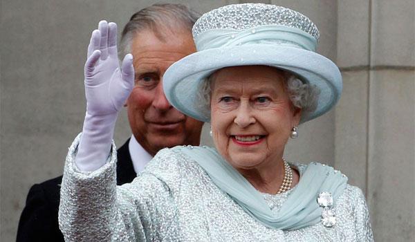 Βασίλισσα Ελισάβετ: Υποβάλλει στο πιο παράξενο τεστ όσους θέλουν να δουλέψουν δίπλα της