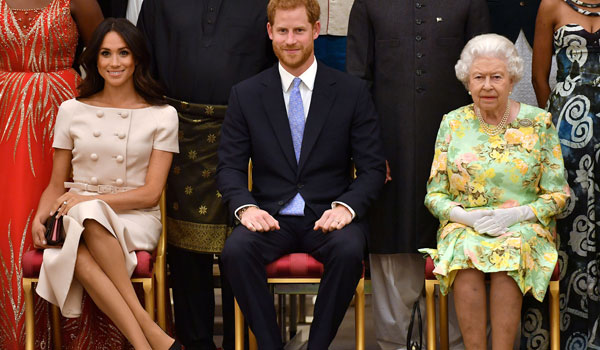 H βασίλισσα βάζει φρένο στην αλαζονεία Χάρι - Μέγκαν: Δεν θα τα έχετε όλα όπως τα θέλετε