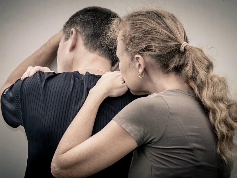 Τι είναι η ασφυκτικά εξαρτητική σχέση;