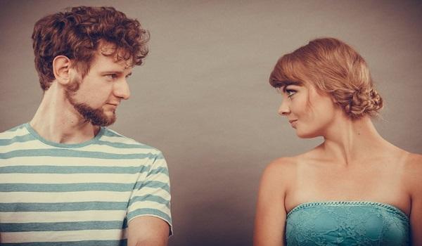 Κοροναϊός: Ποια ζευγάρια έχουν το μεγαλύτερο πρόβλημα – Τι αναφέρουν στη γραμμή ψυχοκοινωνικής στήριξης