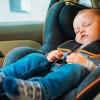 Ύπνος στο παιδικό κάθισμα αυτοκινήτου: Ο θανάσιμος κίνδυνος για το μωρό