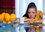 Οι βιταμίνες που καταπολεμούν τη γρίπη και οι τροφές που θα σου τις δώσουν