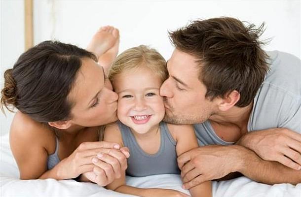 Γιατί οι γονείς δεν πρέπει να είναι «κολλητοί» με τα παιδιά