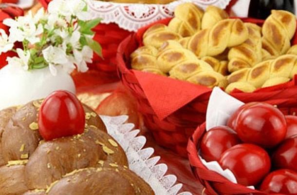 Πασχαλινό τραπέζι: Θερμίδες και έξυπνες επιλογές